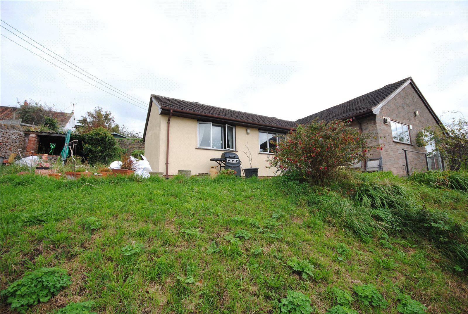 2 Bedrooms Bungalow for sale in The Batch Draycott Cheddar BS27