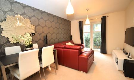 Horsecroft Way Tilehurst Reading RG31 Image 2