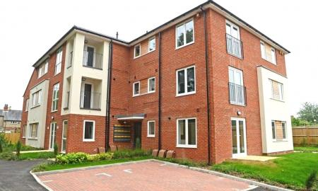 Graham Court Theale Reading RG7 Image 1