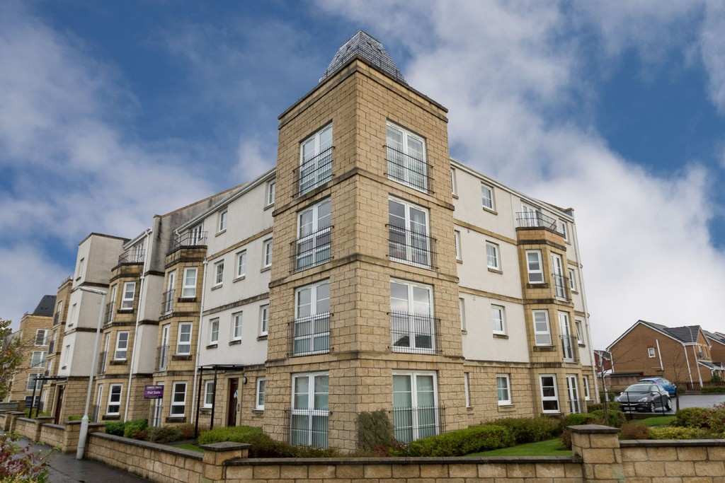 2 Bedrooms Flat for sale in Bittern Court, Dunfermline KY11