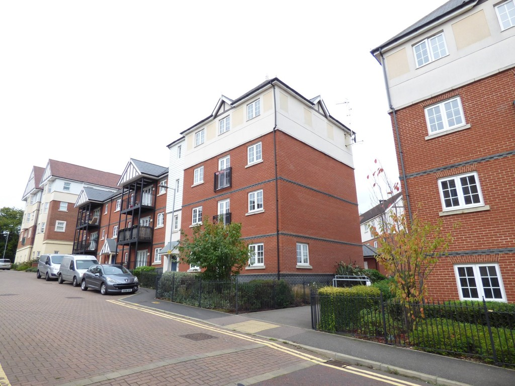 2 Bedrooms Apartment Flat for sale in Turbine Road, North Station CO4
