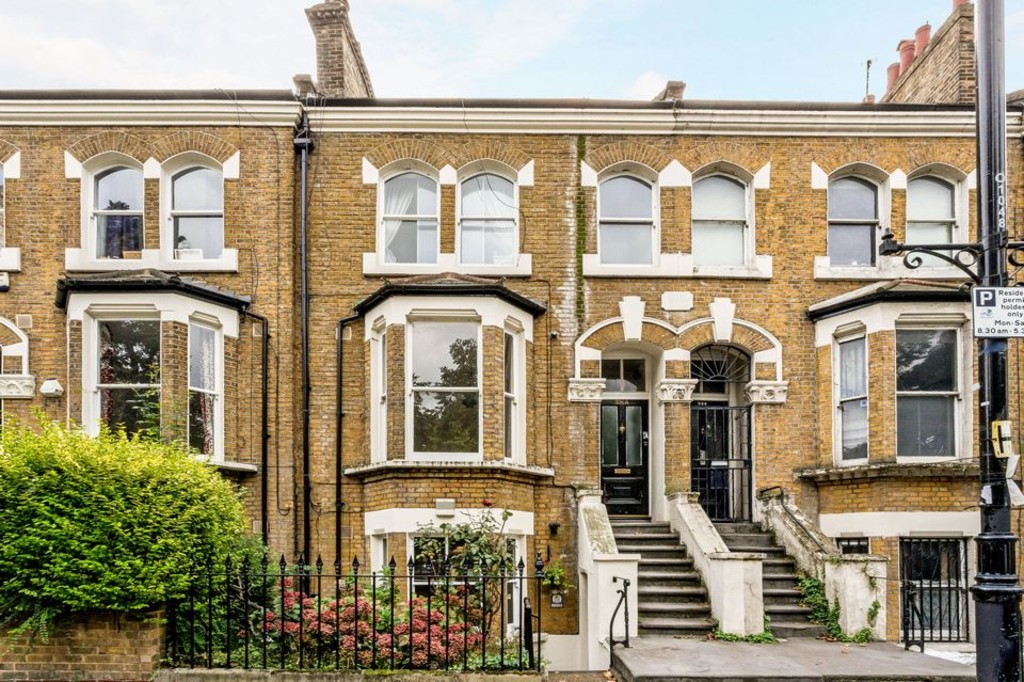 2 Bedrooms Terraced House for sale in Old Ford Road, Victoria Park E3