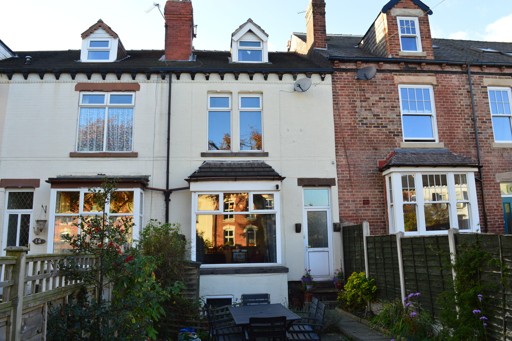 4 Bedrooms Terraced House for sale in Lidgett Lane, Garforth LS25