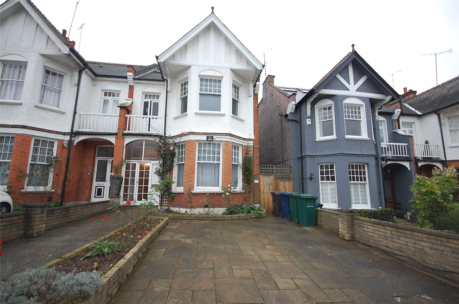 5 Bedrooms Semi Detached House for sale in Windsor Road Finchley London N3
