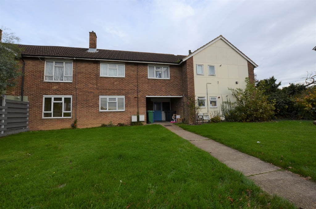 2 Bedrooms Apartment Flat for sale in Halling Hill, Harlow CM20