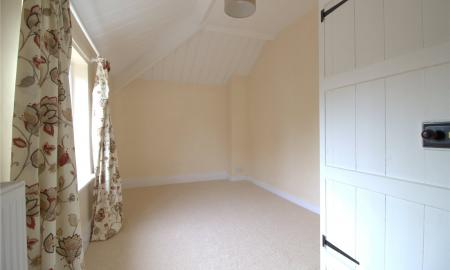 Somerford Road Cirencester GL7 Image 7
