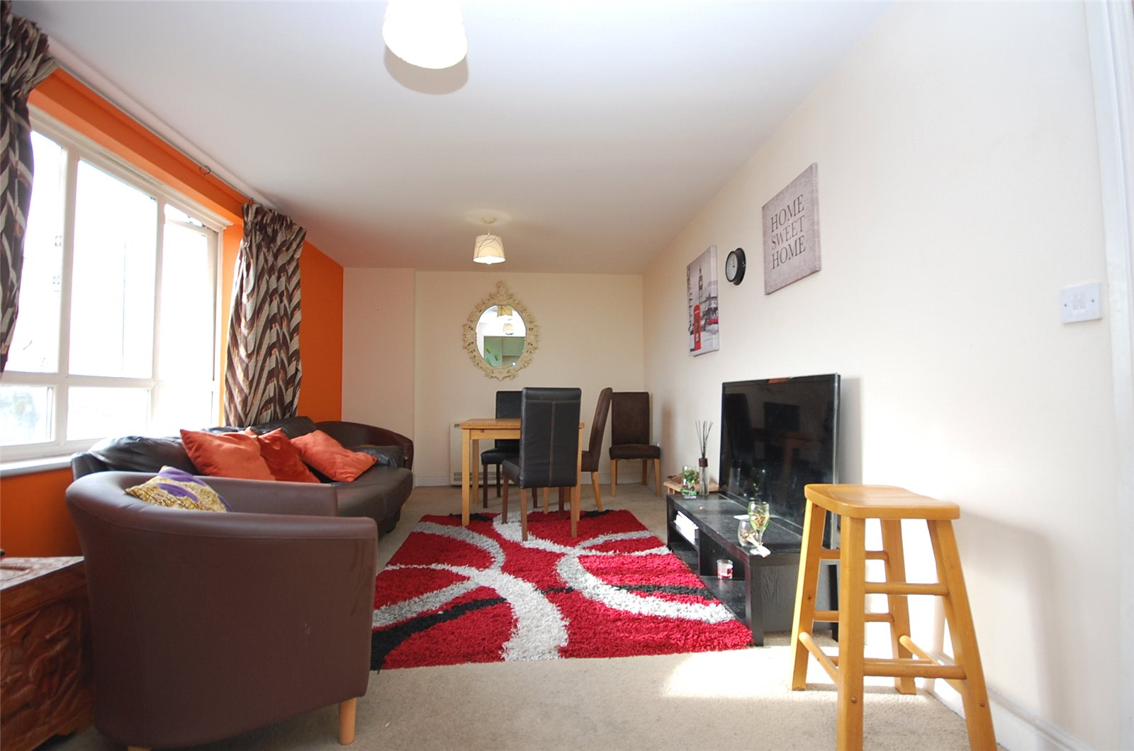 2 Bedrooms Flat for sale in Glebelands Close London N12