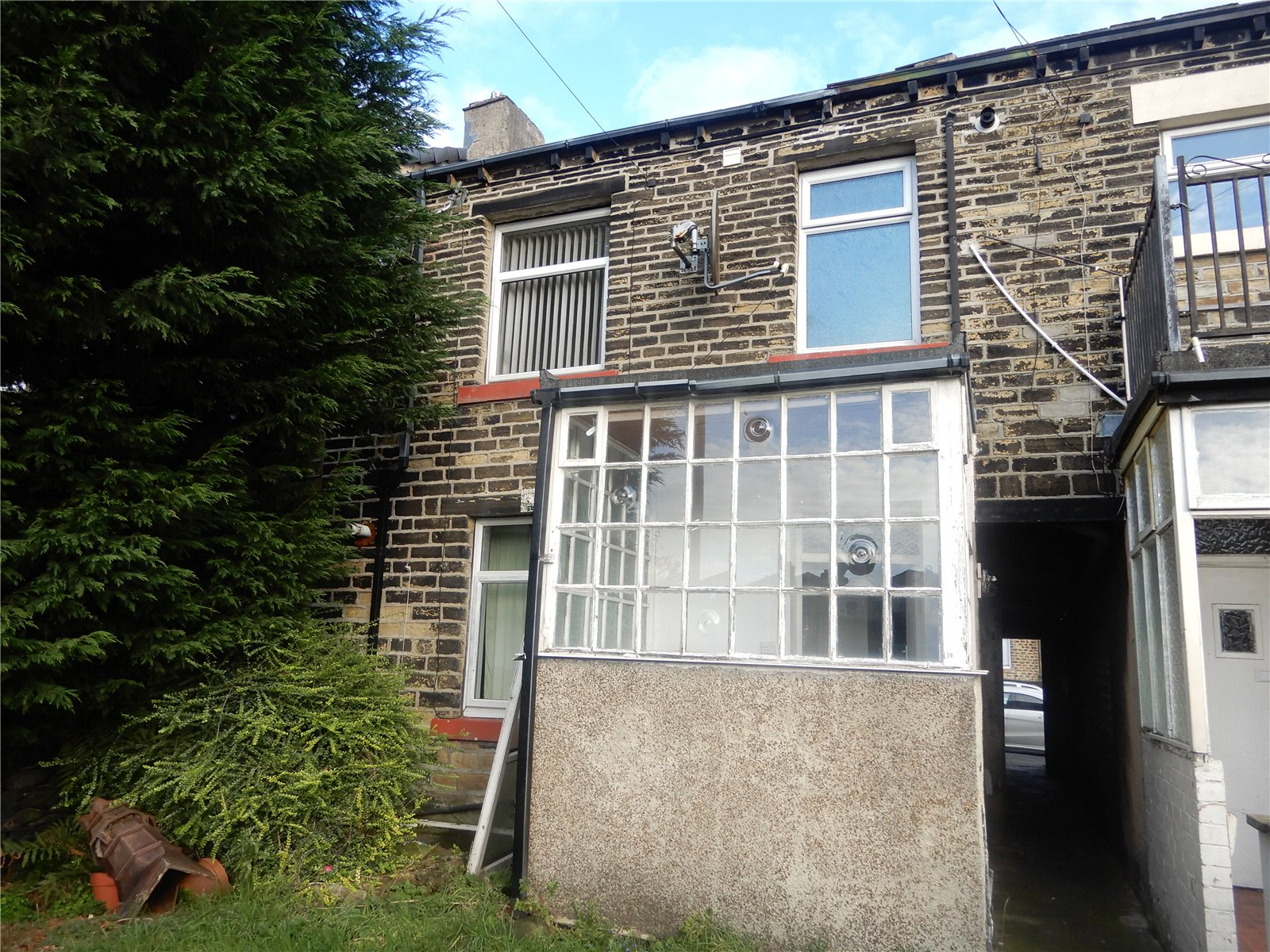 Whitegates Huddersfield 1 Bedroom House To Let In Church