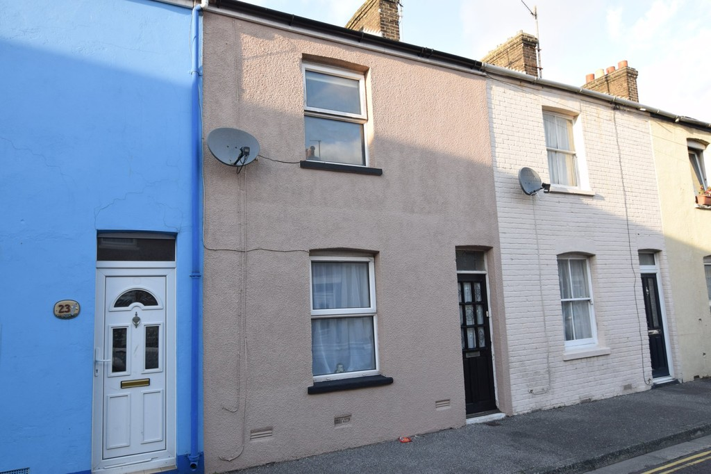 3 Bedrooms Terraced House for sale in Penny Street, Weymouth DT4