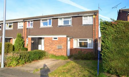 Mead Close Tilehurst Reading RG31 Image 1