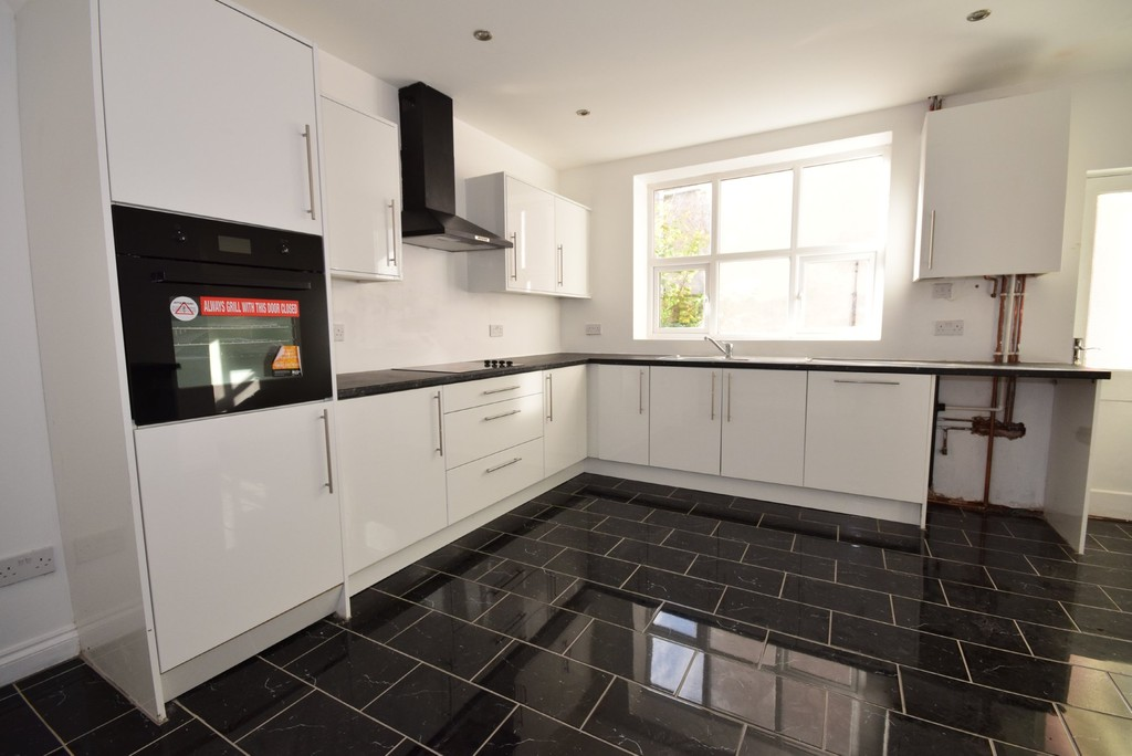 2 Bedrooms Terraced House for sale in Healey Street, Rochdale OL16