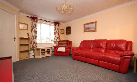 Willow Bed Close Fishponds Bristol BS16 Image 4