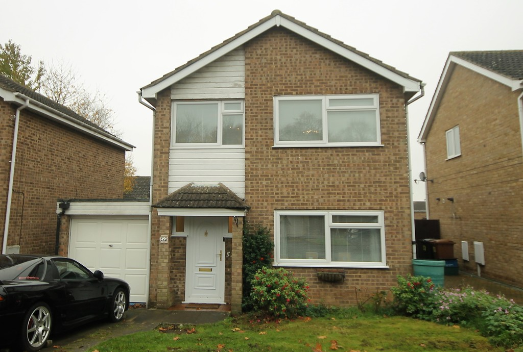 3 Bedrooms Detached House for sale in Spanslade Road, Northampton NN3