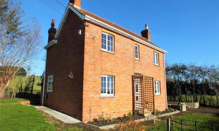 Photo of 3 bedroom Cottage for sale