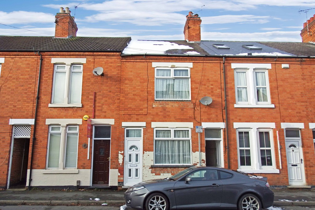 3 Bedrooms Terraced House for sale in Grange Street, Loughborough LE11