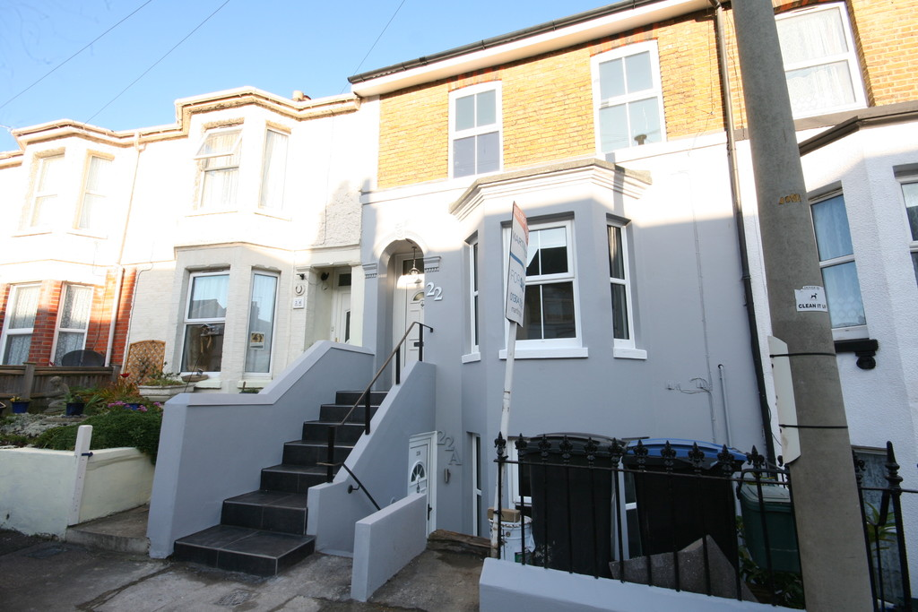 1 Bedroom Apartment Flat for sale in 22a Avenue Road CT16