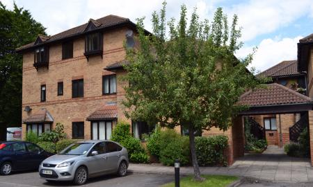 St Swithins Court Polehampton Close Twyford RG10 Image 1