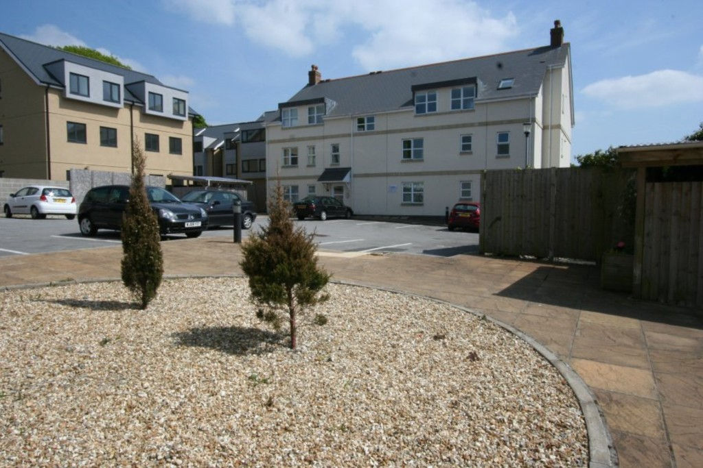 2 Bedrooms Apartment Flat for rent in Thorn Park Court,Mannamead, Plymouth PL3