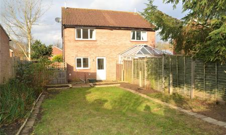 Titchfield Close Tadley RG26 Image 2