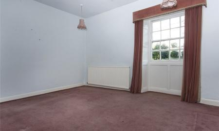 Crowlees Road Mirfield West Yorkshire WF14 Image 14
