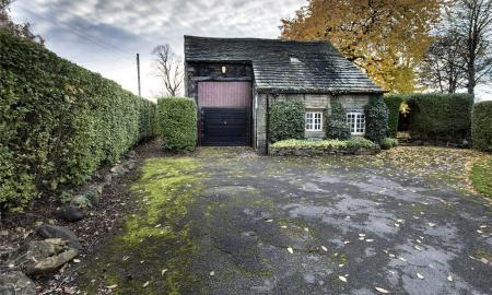 Crowlees Road Mirfield West Yorkshire WF14 Image 3
