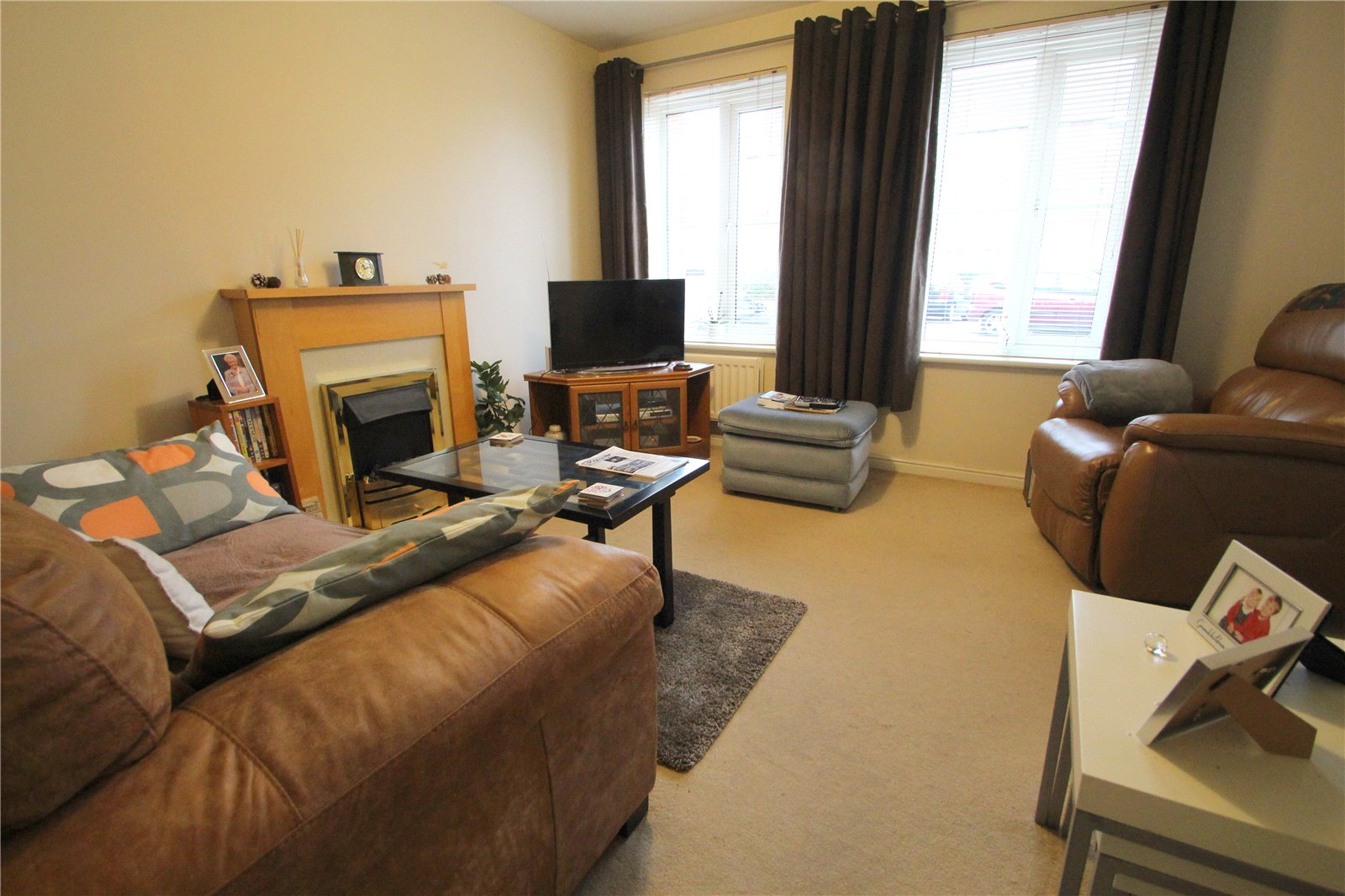 2 Bedrooms Flat for sale in Hedgers Close Bedminster BRISTOL BS3