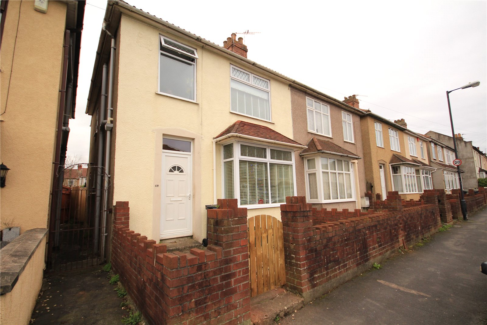 3 Bedrooms Semi Detached House for sale in King Street Kingswood Bristol BS15
