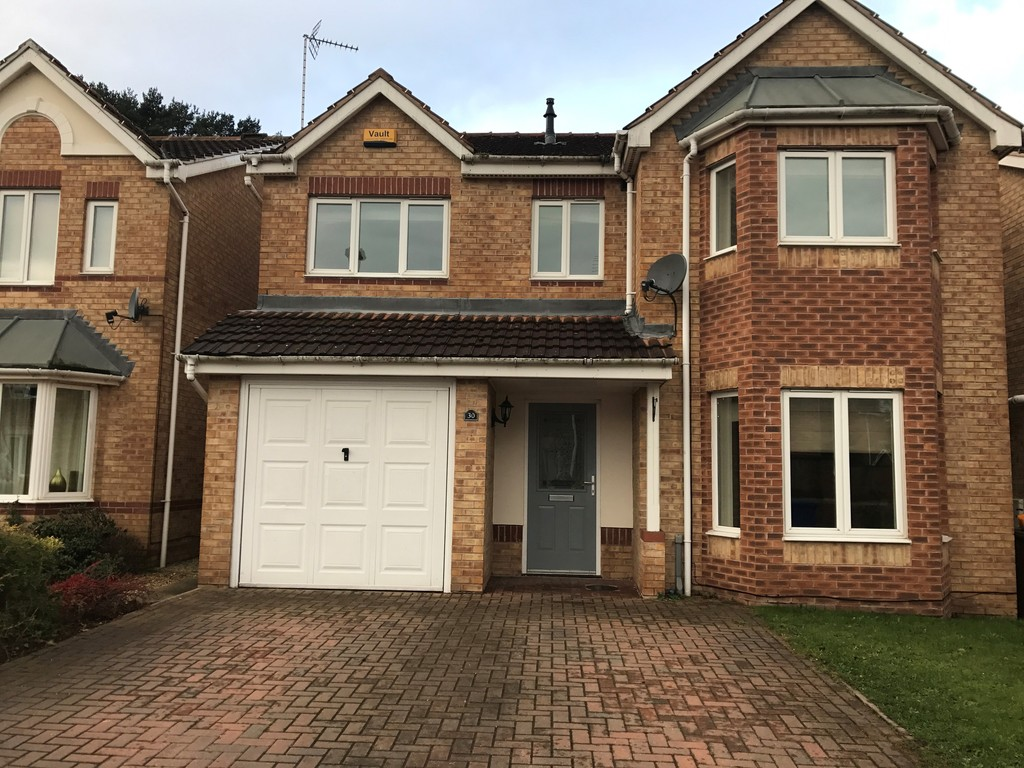 4 Bedrooms Detached House for sale in White Rose Avenue , Mansfield NG18