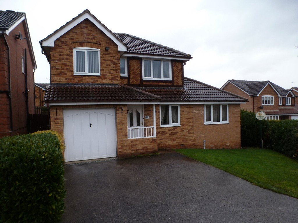 4 Bedrooms Detached House for sale in Sherwood Drive, Wakefield WF2