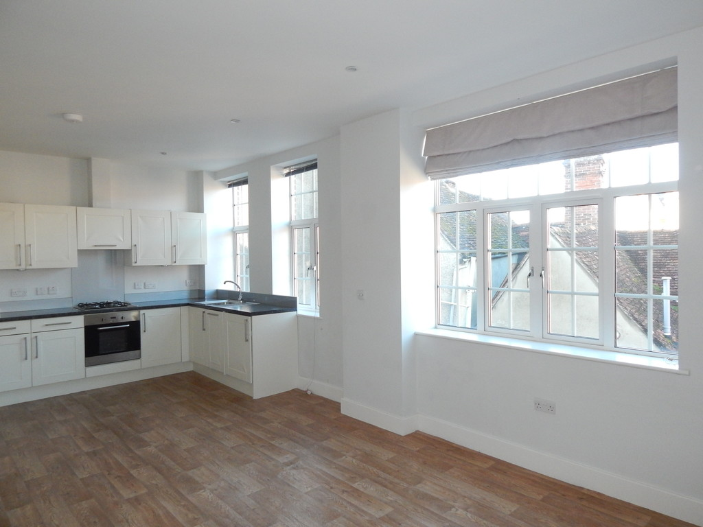 3 Bedrooms Apartment Flat for sale in Abingdon Town Centre OX14