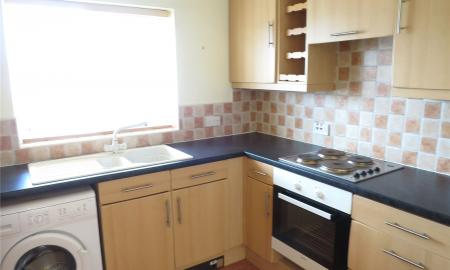 Flat 5 Leicester Square Soundwell Road BS16 Image 2