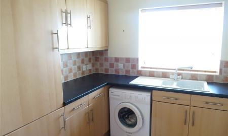 Flat 5 Leicester Square Soundwell Road BS16 Image 3