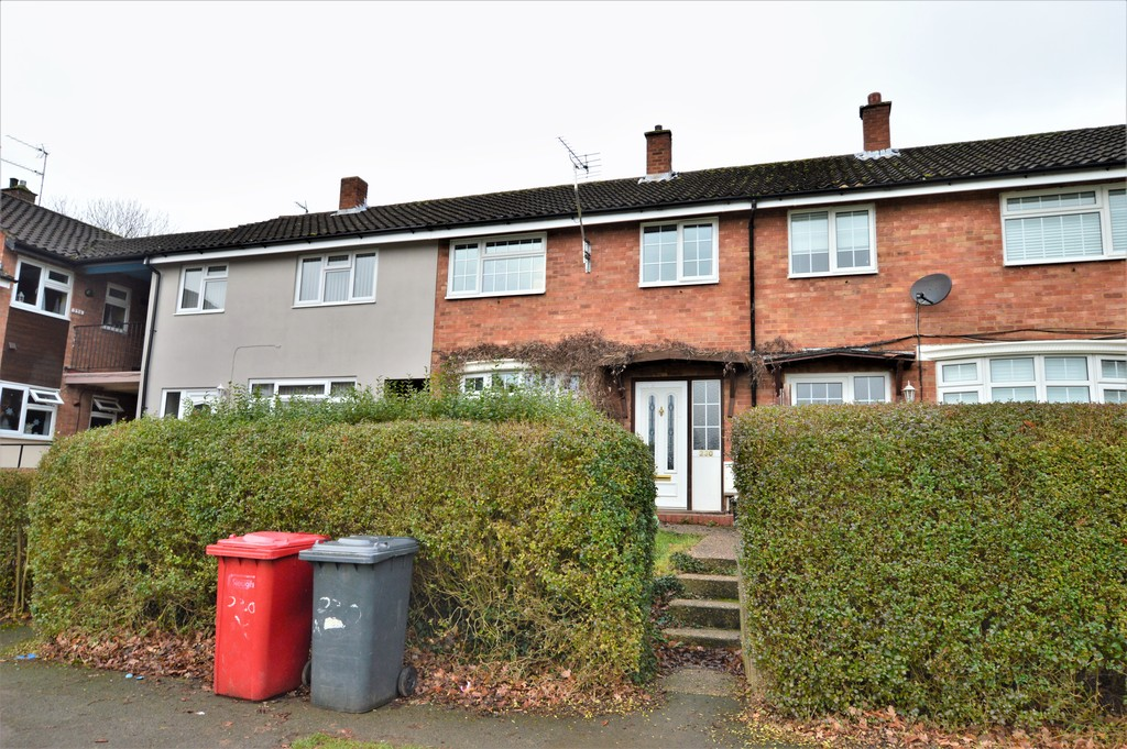 3 Bedrooms Terraced House for sale in Lynch Hill Lane, Slough SL2