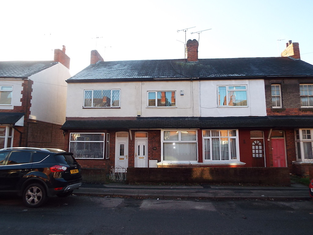 2 Bedrooms Terraced House for sale in Kilton Road, Worksop S80