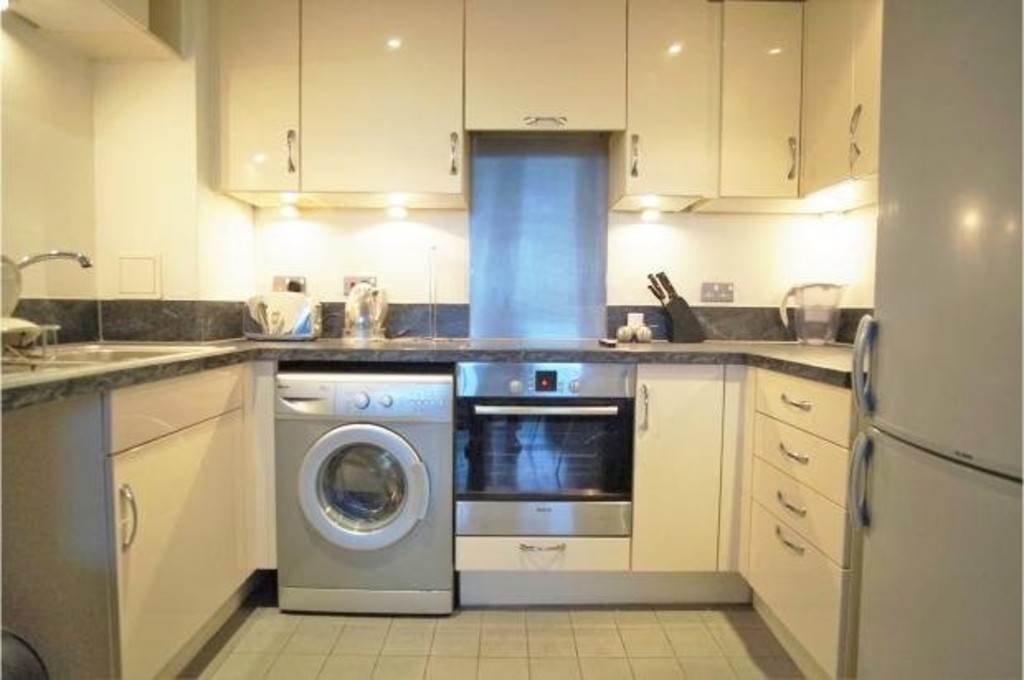 2 Bedrooms Apartment Flat for sale in London Road, Croydon CR0