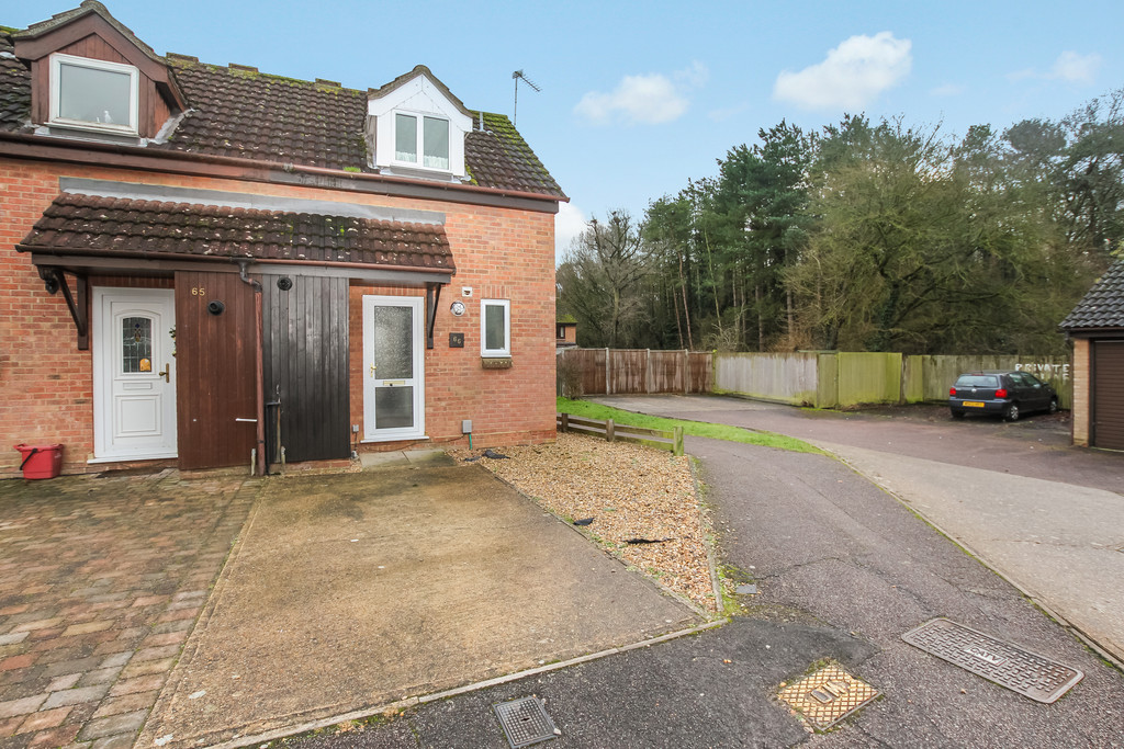 1 Bedroom Semi Detached House for sale in Downlands, Stevenage SG2