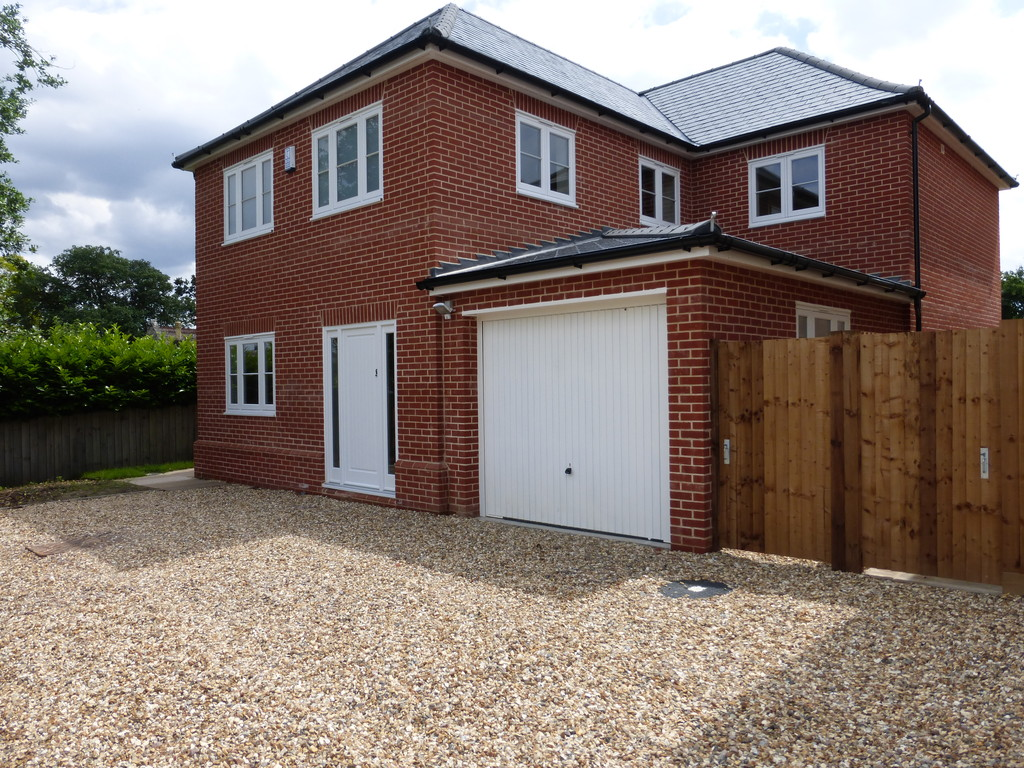 3 Bedrooms Detached House for sale in Bury St Edmunds IP33