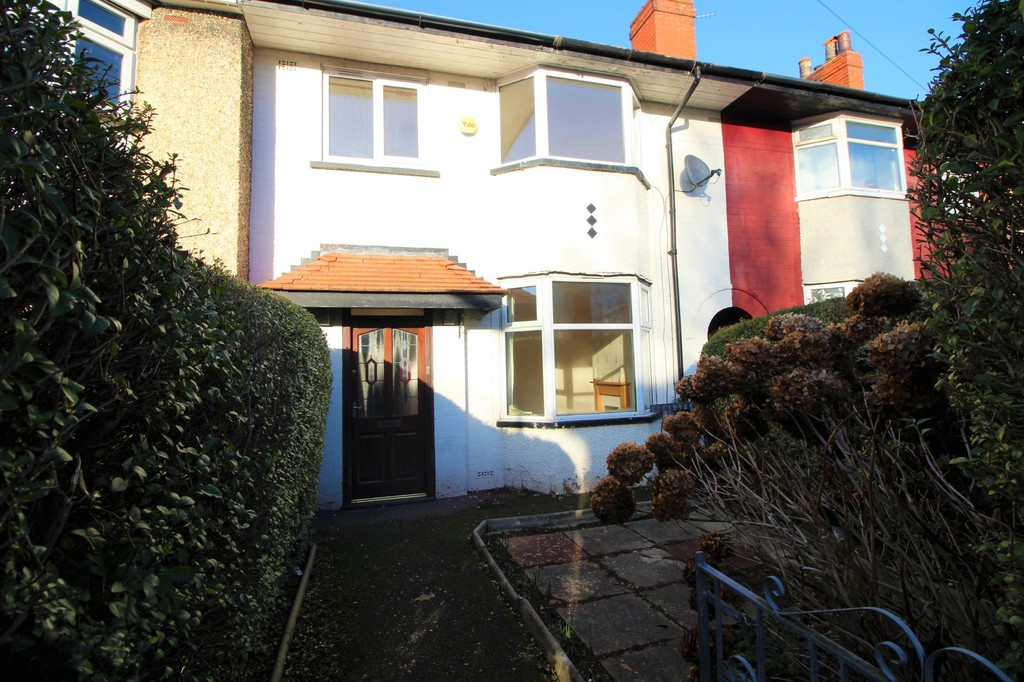 3 Bedrooms Semi Detached House for sale in Clovelly Avenue, Ashton On Ribble PR2