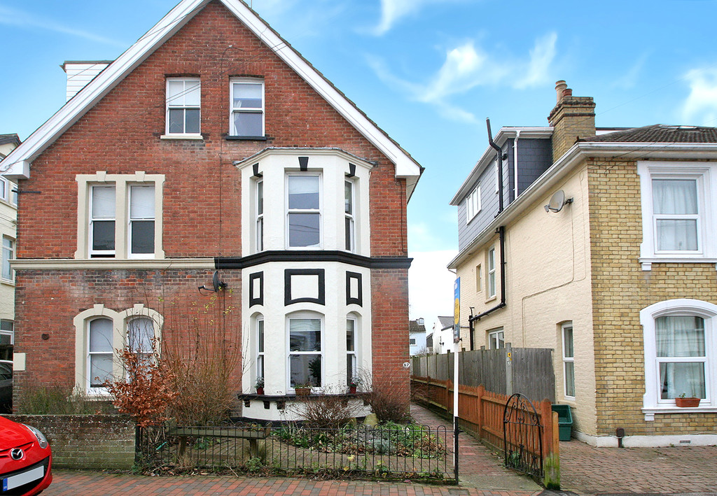 3 Bedrooms Semi Detached House for sale in St James Road Tunbridge Wells TN1 2HH TN1