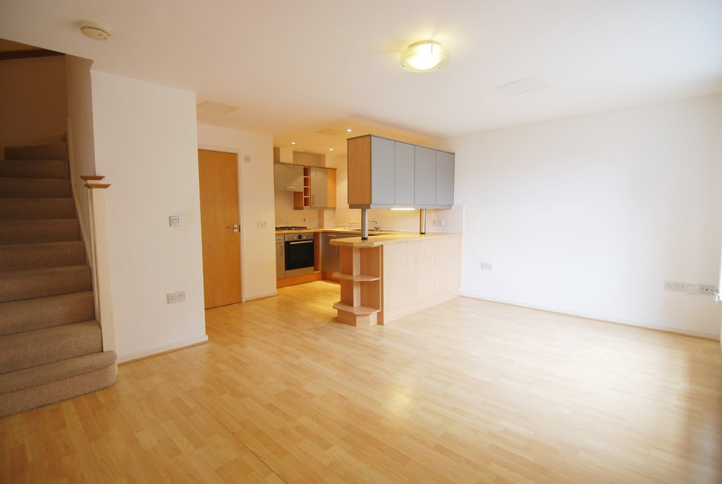2 Bedrooms Apartment Flat for sale in Whitefrairs Wharf, Tonbridge TN9