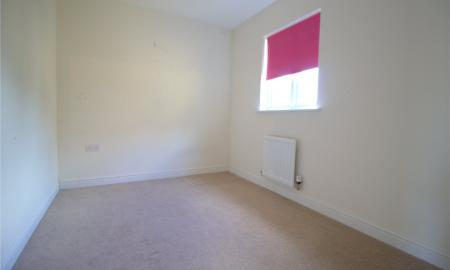 Moss Way Cirencester GL7 Image 6
