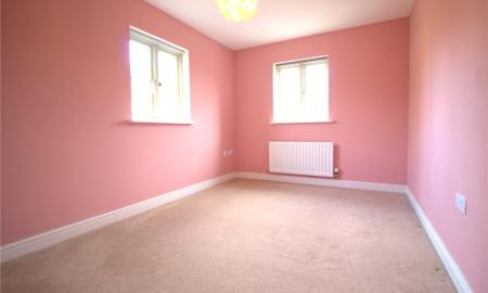 Moss Way Cirencester GL7 Image 7