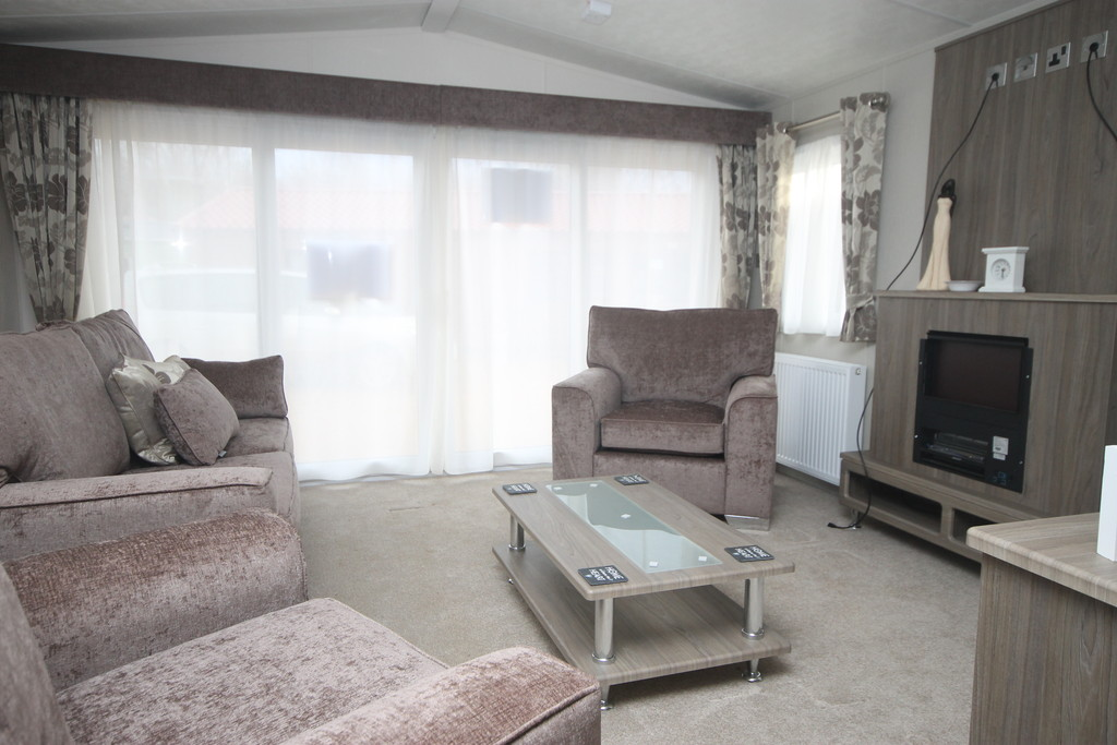 2 Bedrooms Detached House for sale in Crow Lane, Great Billing NN3