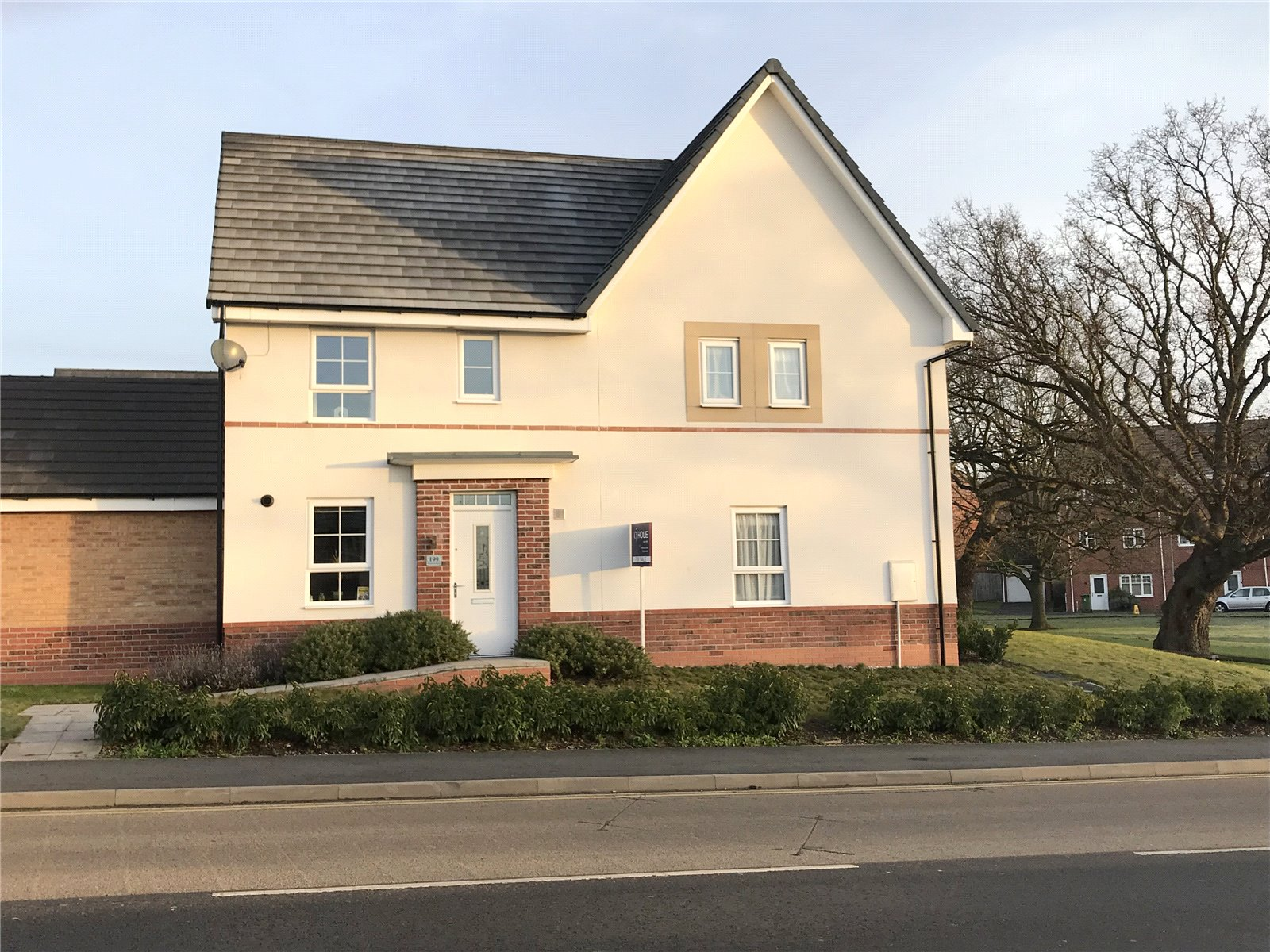 3 Bedrooms Semi Detached House for sale in Newtown Road Worcester WR5