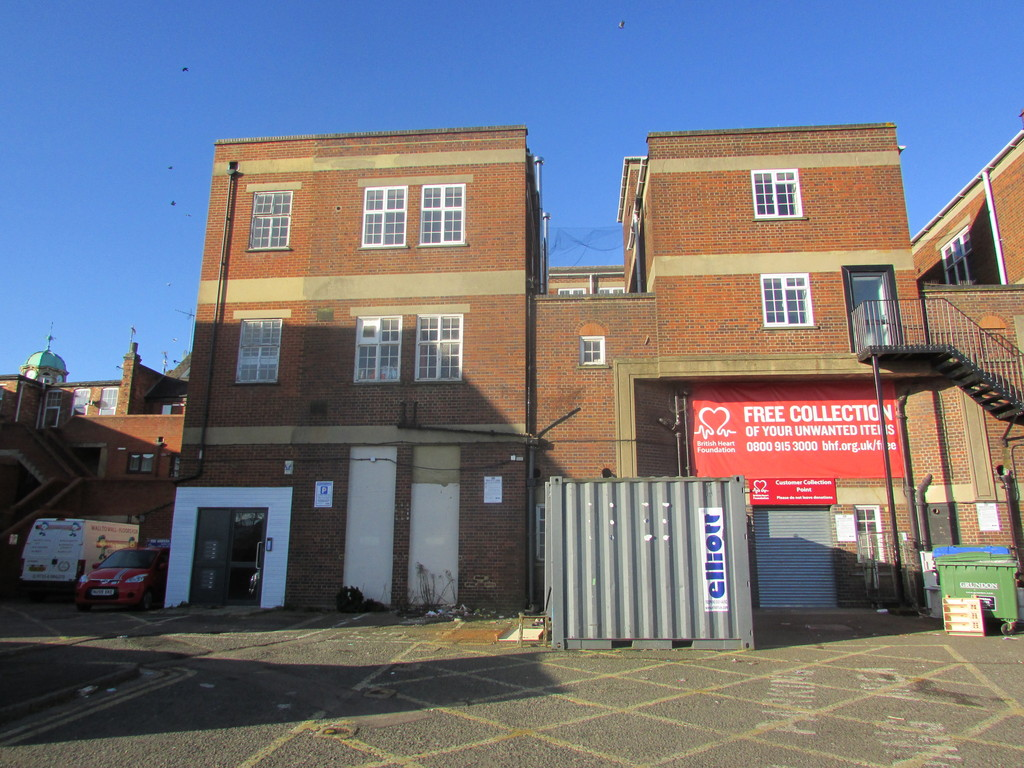 2 Bedrooms Apartment Flat for sale in Broad Street, Banbury OX16