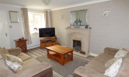 Thornleigh Drive Liversedge WF15 Image 10