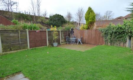 Thornleigh Drive Liversedge WF15 Image 12