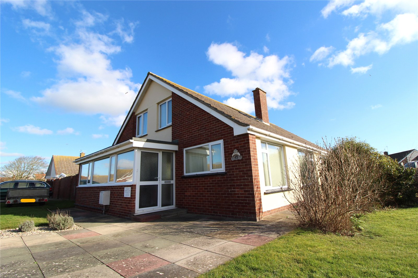 2 Bedrooms Bungalow for sale in Steart Close Burnham on Sea Somerset TA8