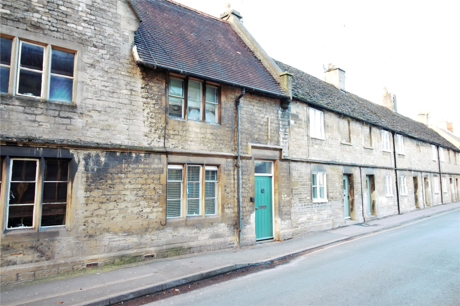 3 Bedrooms Property for sale in Lewis Lane Cirencester GL7