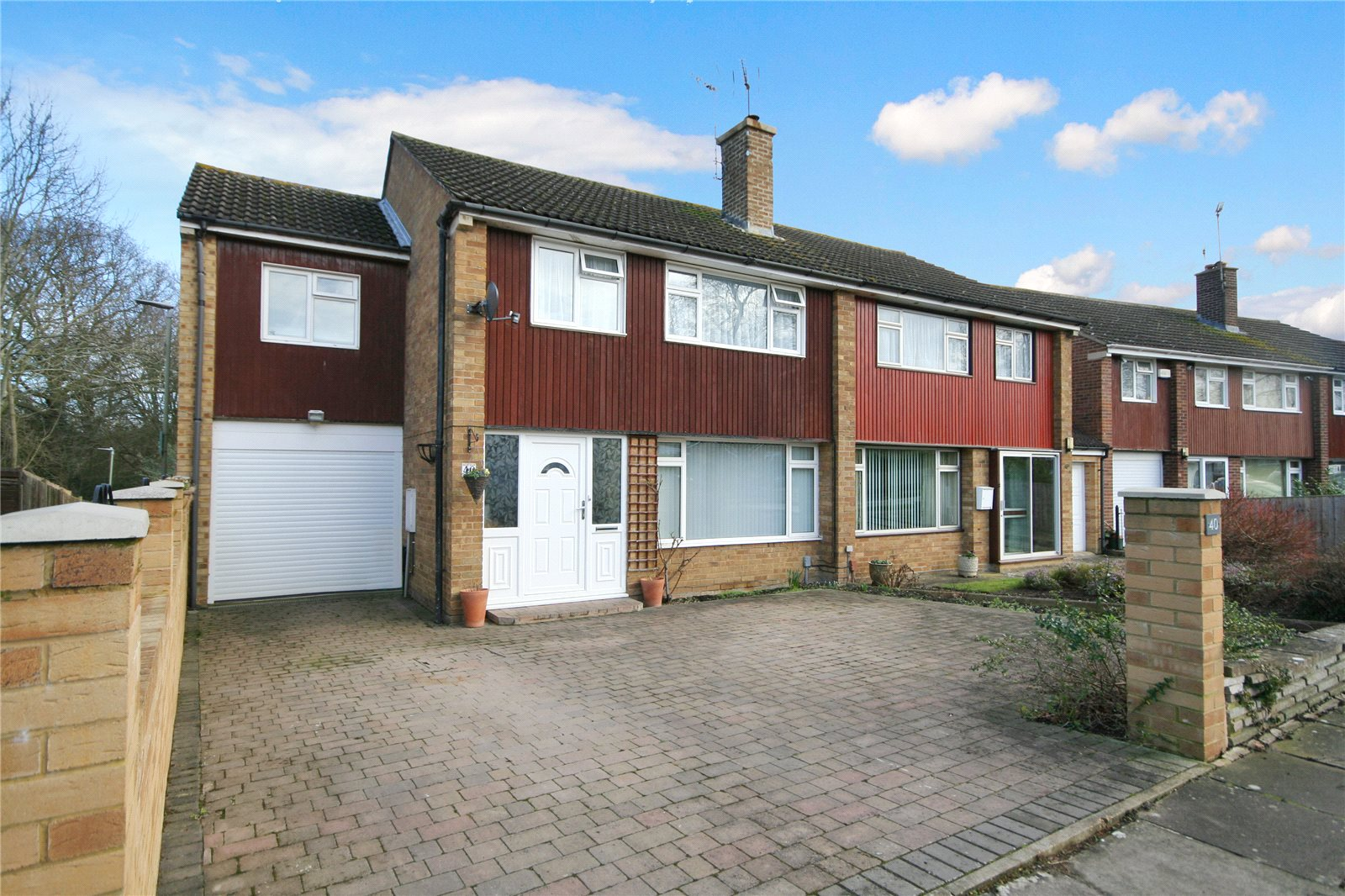 4 Bedrooms Semi Detached House for sale in Willersey Road Benhall Cheltenham GL51